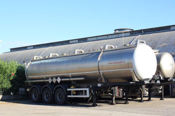 Cisterna-inox-stl-trasporti-1