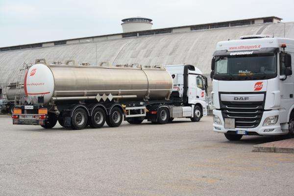 Cisterna-inox-stl-trasporti-3